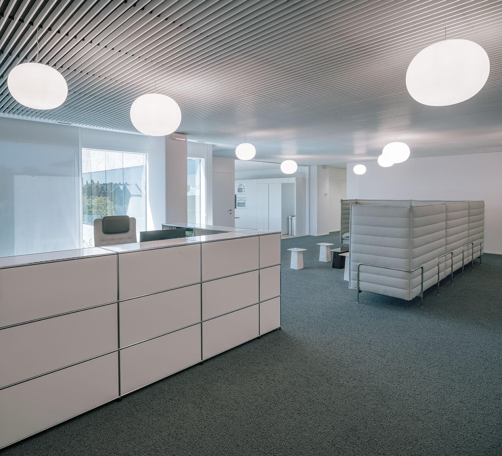 Office refurbishment madrid heinrich von sponeck for Office refurbishment